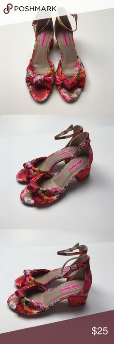 Brand New Never Worn Betsey Johnson Spring Heels 6 These are brand new Betsey Johnson heels that have never been worn. They still have some of the original tags. They are a size 6 and clasp around the ankle. The heel is around an inch and a half and great for a spring dress. Betsey Johnson Shoes Heels
