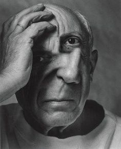 Pablo Picasso, portrait by Arnold Newman. I find this telling; he is shown half … Pablo Picasso, portrait by Arnold Newman. I find this telling; he is shown half in light, half in shade. His hand position and frown lines imply his inner turmoil. Pablo Picasso, Picasso Art, Picasso Images, Picasso Prints, Guernica, Foto Portrait, Portrait Photography, Photography Gallery, Portrait Art