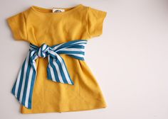 Quality Sewing Tutorials: Baby Shift Dress tutorial by Delia Creates Toddler Outfits, Girl Outfits, Toddler Dress, Little Girl Dresses, Girls Dresses, Dress Tutorials, Sewing Tutorials, Sewing Projects, Sewing Patterns