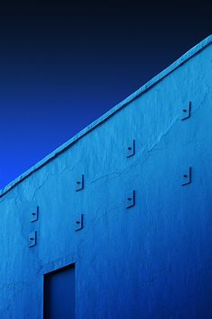 Graphic shades of blue~✿ڿڰۣ Azure