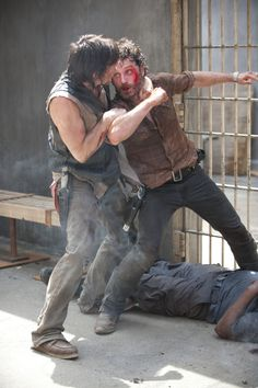 """The Walking Dead Season 4: Daryl """"Not Happy"""" That Rick Banished Carol — Will We Get a Resolution"""