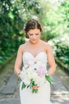 Outdoor bridal portraits in Charleston SC
