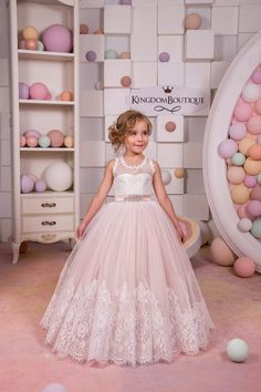Please read our store policies before placing your order here https://www.etsy.com/ru/shop/Butterflydressua/policy  Gorgeous ivory and blush pink flower girl dress with multilayered skirt, lace corset with applique and rhinestones, and satin stripe.  Item material: upper layer of the skirt- tulle with lace applique  middle layer of the skirt- tulle  lower layer of the skirt- taffeta  corset- lace, satin with rhinestones  Dress color: ivory and blush pink  ivory  white  Size…