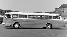 На фото: Ikarus 55 '1959–72 Bus Coach, Commercial Vehicle, Driving Test, Buses, Hungary, Budapest, Cars And Motorcycles, Old Photos, Transportation