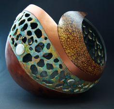 galleria gourds jennifer hershman gourd art   GOURDS