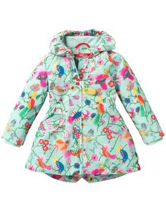 Coat with a polyester outer layer and a soft cotton lining. With quirky Oilily bird print. Is fitted and has pockets at the front. With a hood lined with soft cotton.