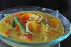 #Maldivian Vegetable Curry [potato or sweet potato, pumpkin, green beans, carrots, turmeric, green chilli, curry leaves, pandan leaves, onion, ginger, cocnut milk]