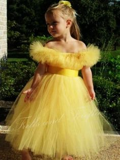 Yellow Flower girl dress/Belle Tutu Dress Costume, Sash and Sleeves, Parties, Birthdays, Sizes Marry as Beauty and the Beast Wedding Dresses For Girls, Princess Wedding Dresses, Girls Dresses, Bridesmaid Dresses, Prom Dresses, Dress Prom, Belle Tutu, Belle Dress, Diy Tutu