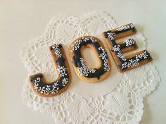 Galletas Letras ♥C.Bonbon♥ http://c-bonbon.blogspot.co.uk/2012/11/18th-birthday-cookies.html