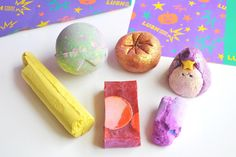 The A/W LUSH range is amazing this year, especially the Halloween collection! The Wizard Bubble Bar has been my FAVE!