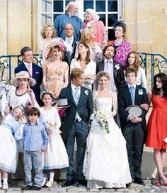 """Après la photo, on cherche sa table!©Pièce Montée, Diaphana Films - Jeu pour un mariage : Le jeu """"Trouver sa table"""" à un mariage"""