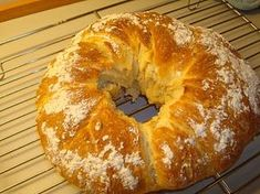 Denne brødkrans er både saftig og ser flot ud til en brunch eller som madbrød