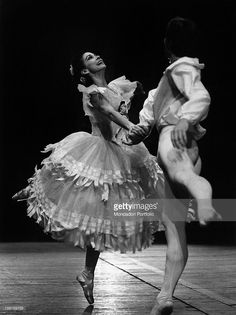 British ballet dancer Margot Fonteyn (Margaret Evelyn Hookham) and Russian-born Austrian ballet dancer Rudolf Nureyev dancing the pas de deux Marguerite and Armand at La Scala Theatre. The ballet was choreographed expressly for the two dancers by British choreographer Frederick Ashton. Milan, September 1966.