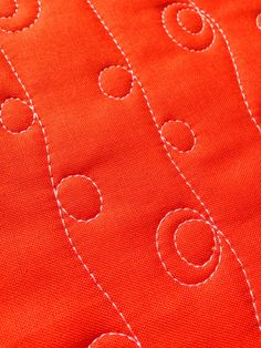 A Few Scraps: FMQ Weekly: Loopy Lines design for beginning quilters