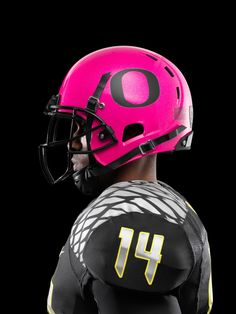 Nike – Oregon Ducks Football Pays Tribute to Breast Cancer Awareness