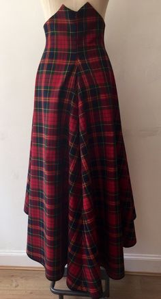 Image of Tartan waterfall skirt Tartan Fashion, Denim Fashion, Cute Fashion, Modest Fashion, Fashion Dresses, Apostolic Fashion, Modest Clothing, Summer Dress Patterns, Skirt Patterns Sewing