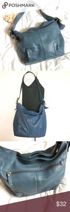 "Stone Mountain Leather & Bamboo Bag / Purse Beautiful bag in great condition! Leather is in great condition too! 13"" x 10"" x 5"" strap drop 14"" Stone Mountain Bags Shoulder Bags"