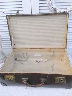 Vintage Koffer - alter Koffer Reisekoffer Weekender shabby chic - ein Designerstück von artdecoundso bei DaWanda
