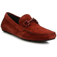 Salvatore Ferragamo Parigi Suede Tonal Bit Loafers (1.905 BRL) ❤ liked on Polyvore featuring men's fashion, men's shoes, men's loafers, apparel & accessories, copper, mens slip on shoes, salvatore ferragamo mens shoes, mens loafer shoes, suede tassel loafers mens shoes and mens suede shoes