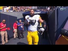 940f94afd NFL Player and Army Vet Alejandro Villanueva Stood Alone During National  Anthem