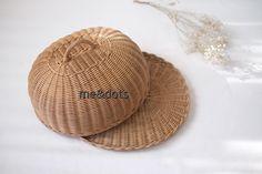 Rattan Basket, Dots, Paper Crafts, Design, Stitches, Tissue Paper Crafts, Paper Craft Work, Papercraft