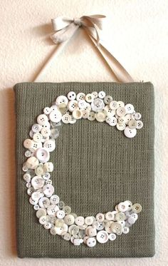 If your creative hands are itching to make super easy and fast craft projects, then this list of easy crafts to make and sell . Burlap Projects, Burlap Crafts, Craft Projects, Craft Ideas, Easy Crafts To Make, Diy And Crafts, Arts And Crafts, Stick Crafts, Fall Crafts