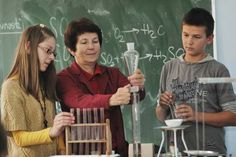 How Online Chemistry Assignment Helps Students To Do Better?: tutorpaceonline