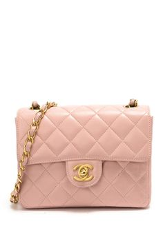 Pink Vintage Chanel Handbag. Oh so pink pink pink. http://vintgechanelhandbags.blogspot.com/