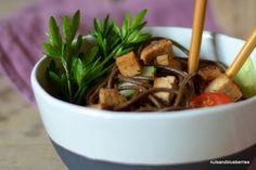 Soba (Buckwheat) Salad - vegan and glutenfree. Find the full recipe on http://nutsandblueberries.com/sobasalad/