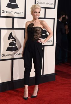 Gwen Stefani in Atelier Versace Jumpsuit | Grammy Awards
