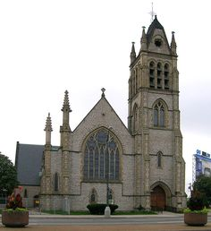 Christ Church Detroit – 960 E Jefferson: Built in 1863, this church is over 150 years old and has spent over 40 years on the National Historic Site Registry. It's the oldest protestant church in Michigan and it's still located at its original site.