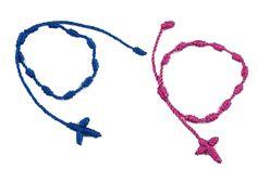 Pulsera rosario con cruz macramé