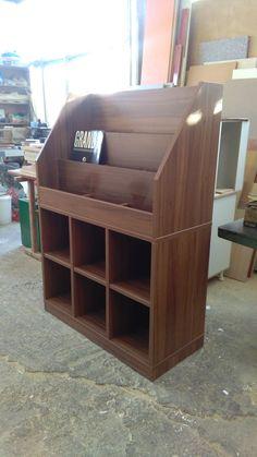 #furniture_vinyl_record_wood_walnut #project ΞΥΛΟΥΡΓΕΙΟ ΚΑΦΡΙΤΣΑΣ