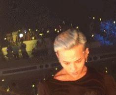 BIGBANG - GDragon - ok. literally dripping with sweat. Gd Bigbang, Bigbang G Dragon, Daesung, G Dragon Cute, G Dragon Top, Everything Song, Bigbang Wallpapers, Big Ban, Gd & Top