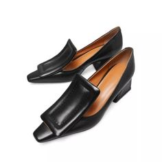 US$ 71.30 - Chunky Heel Genuine Leather Square Toe Shoes - www.icuteshoes.com Zapatos Shoes, Women's Shoes, Me Too Shoes, Shoe Boots, Mules Shoes, Pumps Heels, Stiletto Heels, High Heels, Daily Shoes