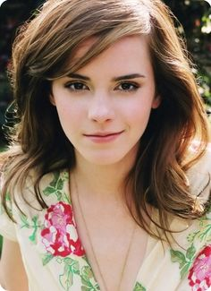 Emma Watson Haircut....had this a couple years back and considering doing it again.