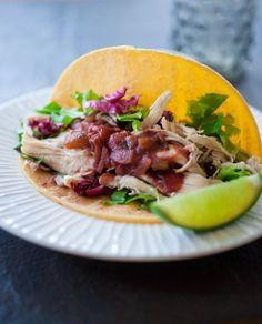 Family-Friendly Recipes: Shredded Chicken Tacos - #healthy