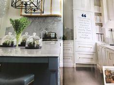 Love this hood and marble backsplash , house Beautiful Feb 2018 Melanie turner designer Beautiful Homes, House Beautiful, Backsplash, Kitchen Inspiration, Kitchen Ideas, Table, Furniture, Design, Home Decor