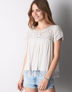 Chez American Eagle Size XS  http://www.ae.com/web/browse/product_details.jsp?productId=2351_6485_106&catId=cat6050046