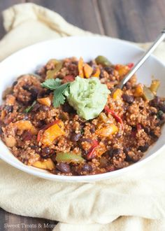 Beef and Quinoa Bell Pepper Enchilada Skillet | Sweet Treats and More