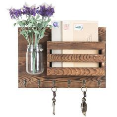 Rustic Farmhouse Decor, Farmhouse Style, Farmhouse Shelving, Small Wood Projects, Pallet Projects, Diy Crafts For Home Decor, Wooden Decor, Rustic Wood Decor, Rustic Home Design
