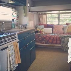 Mobile Home Living, Rv Living, Home And Living, Living Room, Small Living, Home Remodeling Diy, Remodeling Mobile Homes, Kitchen Remodeling, Rv Kitchen Remodel