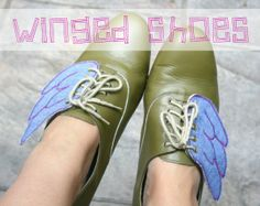 DIY: winged shoes