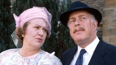 Actor Clive Swift, known to millions as Hyacinth Bucket's hen-pecked husband Richard in BBC One's sitcom Keeping Up Appearances, has died aged Clive Swift, Timothy West, Roy Clark, The Dave Clark Five, Royal Shakespeare Company, Vanessa Redgrave, Midsomer Murders, Keeping Up Appearances, British Comedy