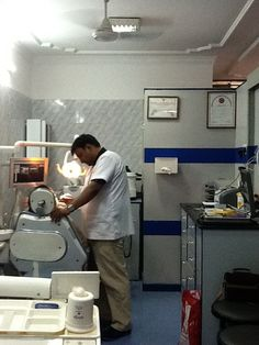 Dr. Vikas Giri's Dental Clinic is a located in Lajpat Nagar, Delhi. Get Dr Vikas Giri Dental Clinic address, timings, fee and Book an appointment easily on Jeevom.