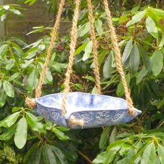 Bird feeder or bath in stoneware fully weatherproof