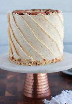 Sweet Recipes, Cake Recipes, Chef Cake, Sweet Bakery, White Cake Mixes, Roasted Almonds, Almond Cakes, Cake Flavors, Cupcake Cakes