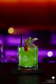 Green Lemon Heart - Cocktail of the weekhttp://www.h-e-a-r-t.me/news/cocktails #munich #heart #dance #dinner #cocktail #heartmunich  #mixology #herz #München #drink #recipe #lecker #bar #mixing #artofcocktail #heartdrinks #liquor #shots