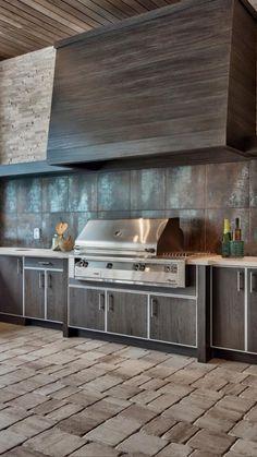 Kitchen Organization, Kitchen Storage, Tiger Home, Outside Grill, Kitchen Island, Kitchen Cabinets, Black Kitchens, Modern Exterior, Modern Kitchen Design