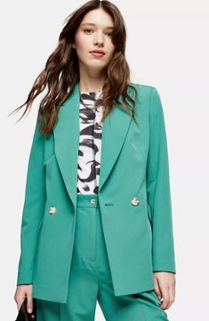 Your smartwear collection just got better with our unique mint coloured double breasted blazer with matching peg trousers. Perfect for that workwear inspired feel and even more perfect for meeting or dinner. Mint Blazer Outfit, Denim Blazer, Blazer Outfits, Striped Blazer, Blazer Dress, Casual Work Outfits, Chic Outfits, Blazer Price, Peg Trousers